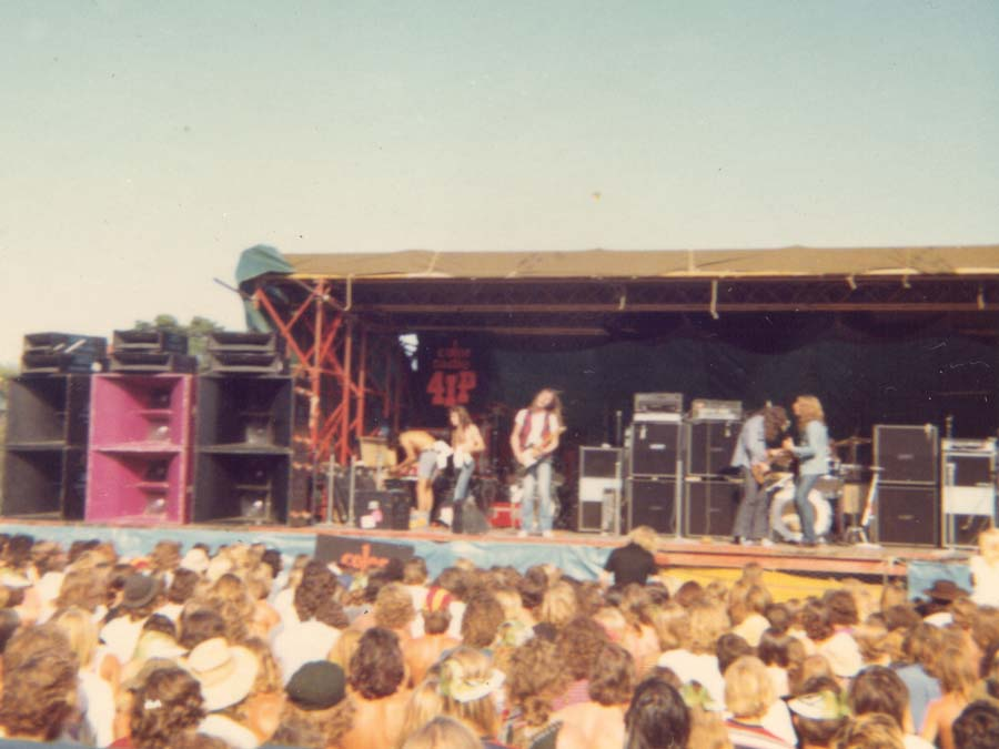 Slade, Status Quo, Lindisfarne and Caravan 1973 « JPJ Audio